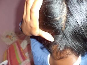 Cabelo afro liso com henê